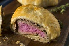 Bife Wellington individual gourmet caseiro imagem de stock