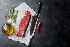 Bifteck cru de striploin Images libres de droits