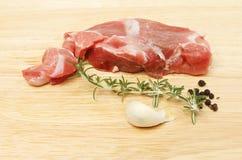 Bifteck d'agneau avec l'assaisonnement Photos libres de droits