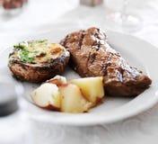 Bifteck de bande grillé Images stock