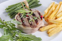 Bifteck de boeuf de tournedos Photo stock
