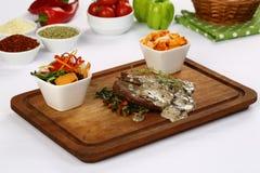 Bifteck de boeuf grillé frais photo libre de droits