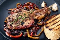 Bifteck de club Nervures de viande photographie stock libre de droits