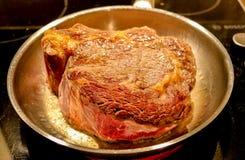 Bifteck de friture photo stock
