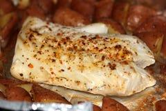 Bifteck de poissons grillé Photo libre de droits