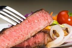 Bifteck de ribeye de boeuf Photos stock