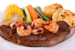 Bifteck et fruits de mer Image libre de droits