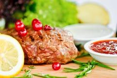 Bifteck et légumes Images libres de droits