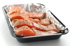 Bifteck frais des saumons Images libres de droits