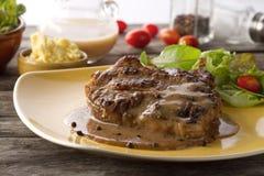Bifteck grillé assaisonné Image libre de droits