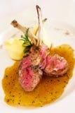 Bifteck grillé d'agneau avec le poivre épicé Photographie stock libre de droits