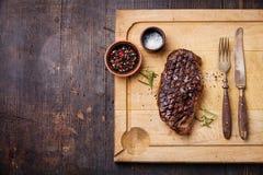 Bifteck grillé de New York Striploin Image libre de droits