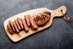 Bifteck grillé de striploin Photos libres de droits