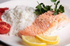 Bifteck saumoné avec du riz Photo stock