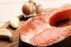 Bifteck saumoné frais image libre de droits
