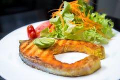 Bifteck saumoné grillé Photographie stock