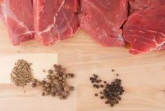 Biftecks et épice Photo stock