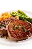 Biftecks, frites et asperge grillés de boeuf Images libres de droits