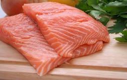 Biftecks saumonés Photo libre de droits
