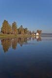 Big Bear湖在黎明 免版税库存照片