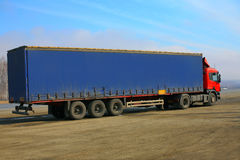 Big beautiful truck goes on  line Royalty Free Stock Photography
