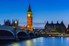 Big Ben και παλάτι του Γουέστμινστερ στο Λονδίνο Στοκ Εικόνες