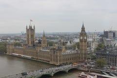 Big Ben και το παλάτι του Λονδίνου Αγγλία του Γουέστμινστερ Στοκ εικόνα με δικαίωμα ελεύθερης χρήσης