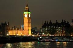 Big Ben av London på natten Arkivfoto