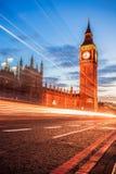 Big Ben avec le pont le soir, Londres, Angleterre, R-U Photo libre de droits