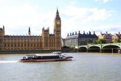 Free Big Ben Clock Tower. Elizabeth Tower. Palace Of Wetminster. Westminster Bridge In London, England, Europe Stock Photos - 63233763