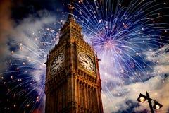 Big Ben con i fuochi d'artificio Notte di San Silvestro Immagini Stock Libere da Diritti