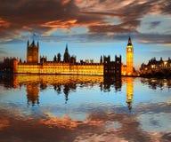 Big Ben in de avond, Londen, Engeland Stock Afbeelding