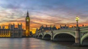Big Ben e Camere del Parlamento al tramonto, Londra Fotografia Stock Libera da Diritti