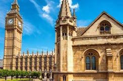 Big Ben e Camere del Parlamento - Londra, Regno Unito Immagini Stock