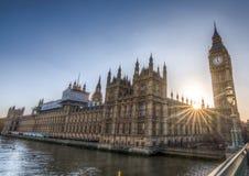 Big Ben en de Huizen van het Parlement in Londen stock foto's