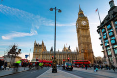 Big Ben en de Huizen van het Parlement in Londen, Engeland Stock Foto