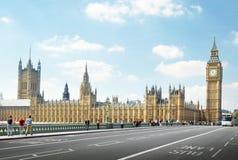 Big Ben en el día soleado, Londres Imágenes de archivo libres de regalías