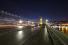 Big Ben en Huis van het Parlement bij Nacht, Londen, het Verenigd Koninkrijk Stock Foto's