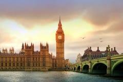 Big Ben en huizen van het parlement in de nacht, Londen Royalty-vrije Stock Foto