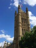 Big Ben en Huizen van het Parlement in Londen, het UK Stock Foto's