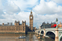 Big Ben en Huizen van het Parlement in Londen, het UK Stock Fotografie