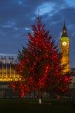 Big Ben en la Navidad Imágenes de archivo libres de regalías