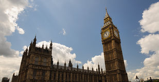 Big Ben enlightened by a sun ray Royalty Free Stock Photography