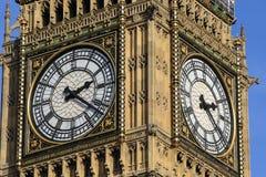 Big Ben houdt spoor van tijd Royalty-vrije Stock Afbeeldingen