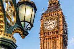 Big Ben i tidig vintermorgon Arkivbild