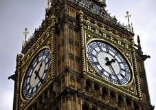 Big Ben - Kontrollturmborduhr stockfoto