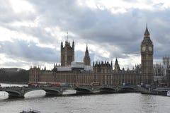 Big Ben Londyn Nad rzeką Obraz Royalty Free