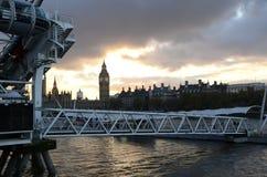 Big Ben met de rivier Stock Fotografie