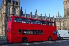 Big Ben mit doppeltem Decker, London lizenzfreie stockfotos