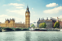 Big Ben nel giorno soleggiato, Londra Fotografia Stock Libera da Diritti